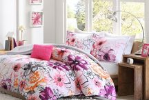 Kids & Teen Comforter Sets / Find tons of great kids' bedding for boys and girls of all ages, from toddler to tween #comforter #bedding #coverlet #quilt #duvetcover #kidsbedding #kidscomforter #twinbedding #twincomforter