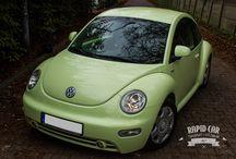 Komis Samochodowy / Prowadzimy sprzedaż samochodów osobowych i dostawczych. Zajmujemy się sprowadzaniem zawsze dobrych samochodów z Niemiec. Zapraszamy do oferty.