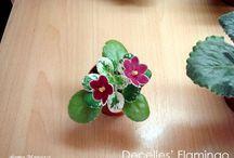 Miniaturas flores y plantas  / by Concha Fernández