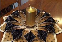 candelabros y tapetes de mesa
