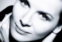 Juliette  Binoche / Juliette is a French actress and wonderful artist.