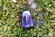 Runes of Light - Holistic Rune Meanings