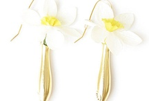 Weddings / Fleurings Jewelry Ideas for Weddings. Ways to wear and Flowers to wear.