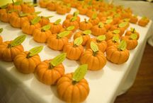 Halloween wedding with pumpkins
