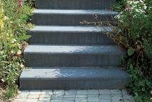 Trappen en treden in de tuin / Tuintrappen, traptreden, op- en afstapjes