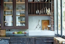 Kitchens and Dining / by Loida Alegre