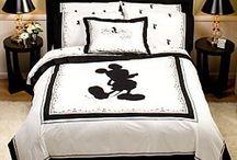 Mickey decorating