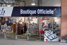 Boutique du Musée des  24 heures du Mans / Présentation de mobilier ancien anglais à la boutique du Musée des 24 heures du Mans www.helen-antiquites.com