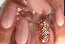 Nails / by Diana Briseno