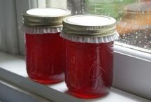 Preserving the harvest / Preserved food from my garden