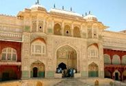 Forts & Palaces of Rajasthan / Rajasthan is famous all over the world for its stunning forts and palaces.It narrate the fascinating story about its kings, kingdom, colourful culture and breath-taking architecture.