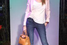 El look de Verónica Lozano / Verónica Lozano es conductora de TV, ex modelo y psicóoga y una de las mujeres con mayor identidad para vestirse.  http://www.blocdemoda.com/2013/12/la-moda-en-el-2013-la-chaqueta-por.html