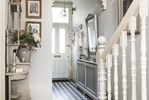 Inspiring Hallways / A collection of images of beautiful, inspiring hallways for your residential project.