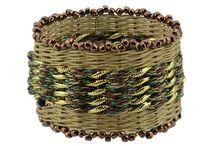 Bangle weaver