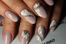 Nails pink/nude