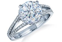 Engagement Ring / Here's an online resource center for finding engagement ring information, engagement ring tips and guide, absolutely free!