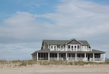 House by the beach / Houses and floor plans