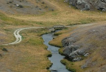 Central Otago / A unique world like no other. This is a world of discovery, a world of vast landscapes that invite self discovery.