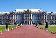 Дворцы,апартаменты,фонтаны