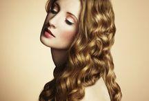 ♀ Female • Curly Hair