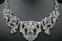 Antique Jewelry™