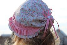 sapkák,kalapok
