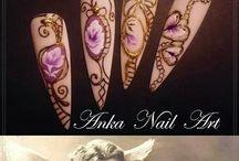 nail vintage