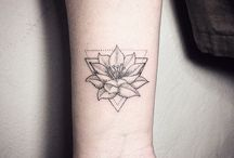 Tatto lilly