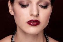 Gemini(Hungary) ékszer fotózás / A Gemini (Hungary) ékszer fotózásán Magdolnánk készítette a csodás hajakat, amelyekkel a képek még tökéletesebbek lettek  Haj: Szőcs-Trekovanyic Magdolna Fotó: Krisztina Máté Smink: Mikolay Fanni  További portfólióinkat - például a Moulen Rouge témájú képeinket - keresd az szépségszalonunk honlapján, a www.magdiszepsegszalon.hu/blogmutat/moulenrouge oldalon.