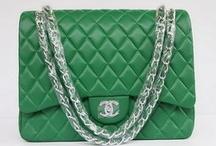 Handbag Heaven / by Donna McIntosh