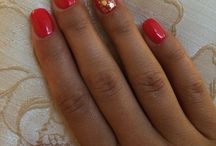 My nails / Summer red with gold shiny mess