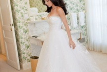 Dream Wedding Dress / by Lauren Randall
