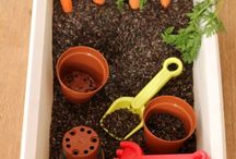 Spring Messy Play Crafts #messy play #childrenscraft #nursery #early years #play / Messy Play ideas themes around spring