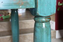 Distressing furniture  / Turquoise