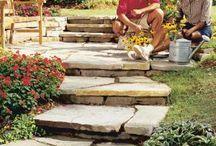 Ogrodowe DIY / Elementy ogrodowe, które możecie wykonać sami we własnym ogrodzie. Ścieżki, kładki, pergole, mostki itp.