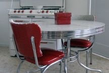 Retro/Vintage Table and Chairs/Kitchen Carts / by Frances Howell