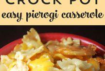 Crockpot Recipes / by Tammy Dazé