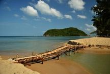 Koh Pangan / Malý (15x11 km) ostrov nedaleko Ko Samui v Thajsku