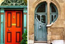Home - Doors / by Beatriz R Machado