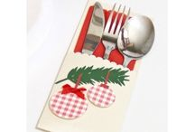 Etui na sztućce - dekoracja stołu / Etui na sztućce to oryginalna dekoracja i ozdoba stołu w czasie różnych uroczystości rodzinnych,Świąt Bożego Narodzenia czy Wielkanocy i nie tylko. Zaskocz swoich gości oryginalnym pomysłem na udekorowanie swojego stołu.