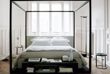 Bedrooms / Fall asleep in the comfort of the bed, dresser and accessories of your dreams.