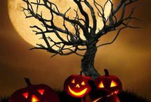 HALLOWEEN / by Scott Byrd