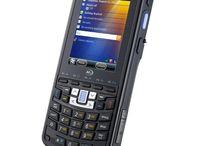 M3 Smart El Terminali / Mobile Compia markasının en yeni modellerinden biri olan M3 Smart El Terminali, en uygun bütçelerle işini M3 uzmanlığıyla mobilize etmek isteyen şirketlerin bir numaralı seçeneklerinden biri haline geldi.  M3 Mobile El Terminalleri kategorisinin en uygun bütçeli ürünlerinden biri olan M3 Smart modeli, bir kutuda tüm aksesuarlarıyla birlikte geliyor, tek pakette tüm ihtiyaçlarınızı sunuyor, ekstra almanız gerekmiyor. - http://www.desnet.com.tr/m3-smart-el-terminali.html