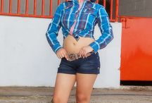 CowGirls = Vaquer@s