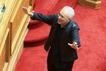 """""""Ποιος ζει ποιος πεθαίνει μετά το 2019"""" : """"Φτύνει και πάλι κατάμουτρα τους Ελληνες ο Υπουργός Παιδείας Ζουράρις"""