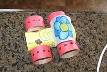 Materiál - Toaletní papír / Hraní a tvoření s  roličkama od toaletního papíru nebo papírových ubrousků pro malé děti