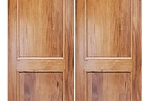 Interior Traditional Doors / Doors with a familiar look that will suit many home styles.