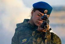 Военные люди, солдаты и т.д.