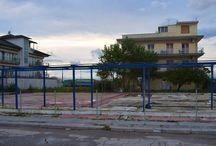 Πωλείται Οικόπεδο στην παραλία Κατερίνης / Πωλείται οικόπεδο στην παραλία Κατερίνης κατάλληλο για ξενοδοχείο τεσσάρων αστέρων σε πάρα πόλυ καλό σημείο με θέα την θάλασσα και πρόσοψη σε εμπορικό δρόμο με μαγαζιά και ξενοδοχεία.Είναι 928τ.μ. με μίκος πρόσοψης 36 μέτρα με οικοδομική άδεια.  http://www.girni-realestate.com , Τηλ: +30 23510 62720 Κιν: +30 6978 553773 Fax: +30 23510 62720 Email: info@girni-realestate.com