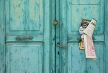 Doors / by Alexandra Castañer Estival